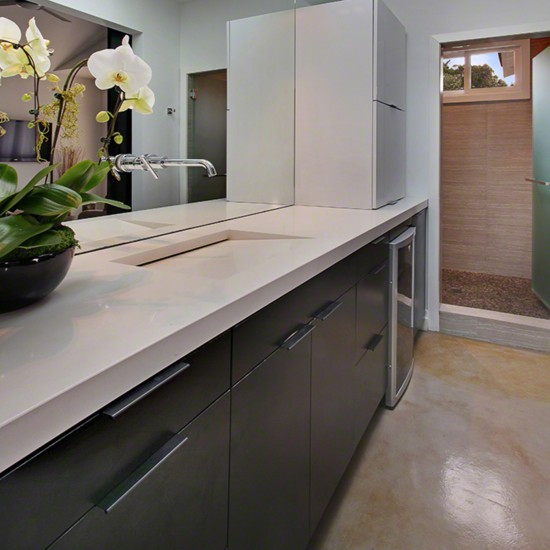 Current Obsessions: Opposites Attract With Quartz Countertops