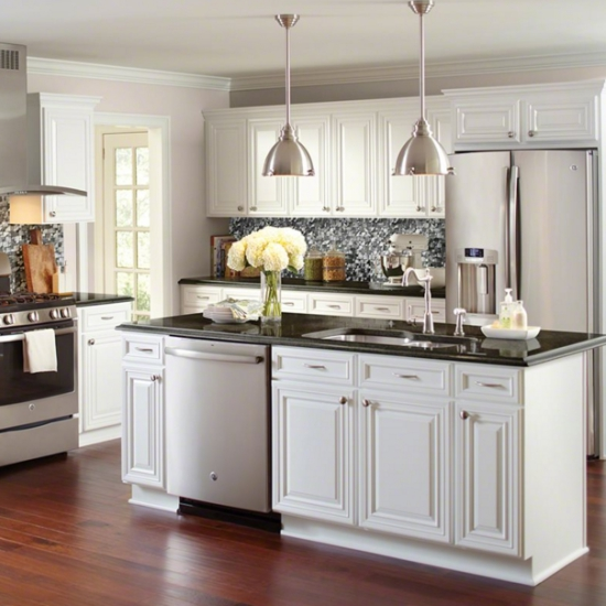 Whether you\'re remodeling your kitchen or selecting products for a new  build, add some sparkle to your cooking space with a metallic tile  backsplash.