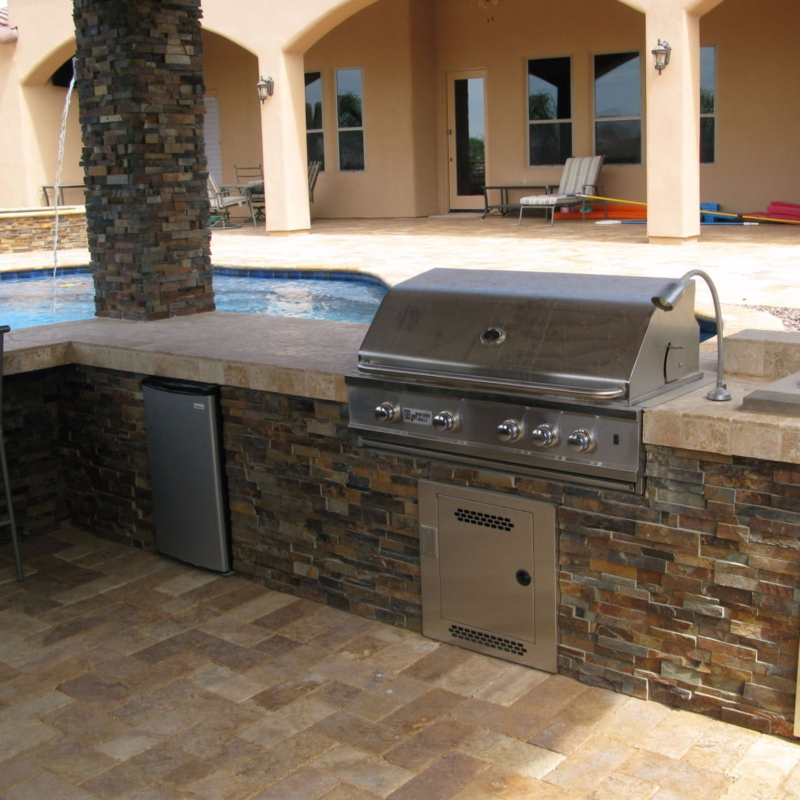 Outdoor Kitchen Stacked Stone: Natural Stacked Stone Ledger Panels: 5 Perfect Inspirations