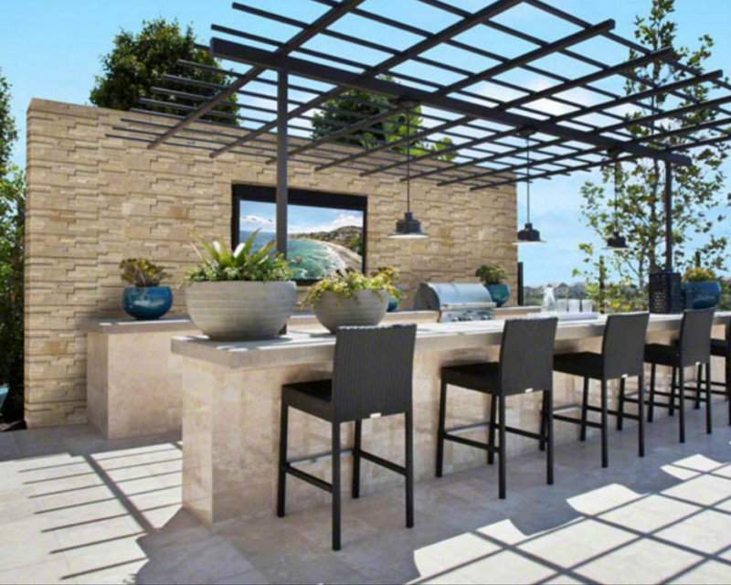 Outdoor Oasis: Stacked Stone and Livin