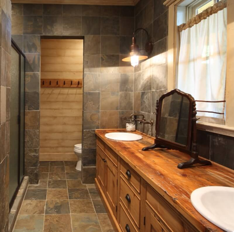 Create this look with MSI's African Multicolor Slate (Photo Credit: Houzz)