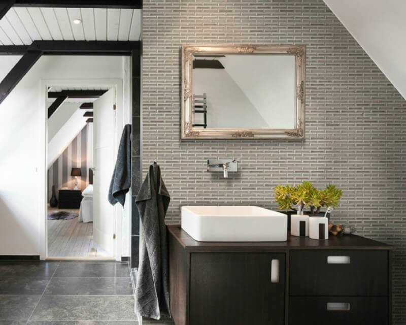 Mosaic Monday: Luxe-Look Bathrooms With Ceram