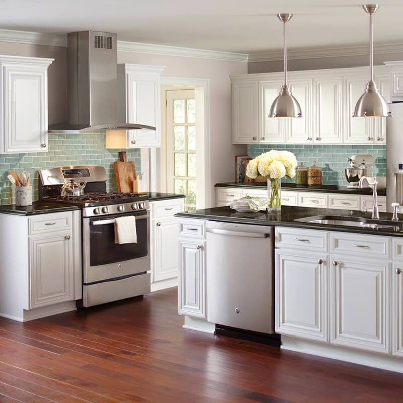 Kitchen Wall Tiles Types: Tips From The Trade: Should Your Backsplash Match Your
