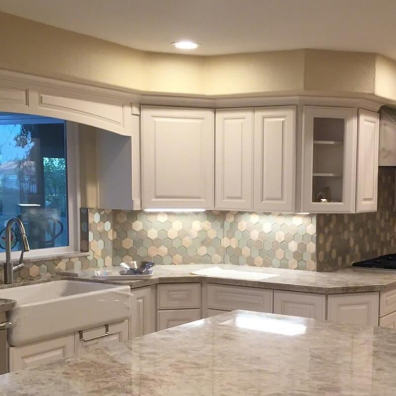 Kitchen Tiles Colour Combination: Tips From The Trade: Should Your Backsplash Match Your