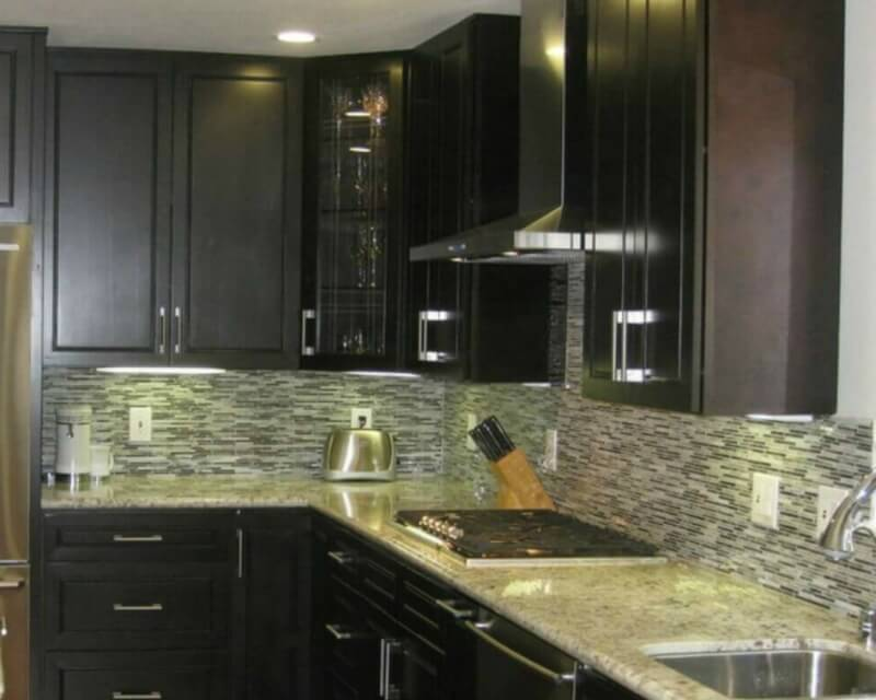 5 Perfect Kitchen Countertop and Flooring Matches for Dark ... on Black Granite Countertops With Brown Cabinets  id=51198