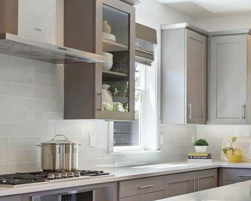 timeless glass tile backsplashes that never go out of style. Black Bedroom Furniture Sets. Home Design Ideas
