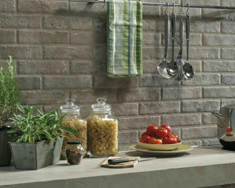 5 Faux Vintage Brick Looks In Porcelain Tile You Won T Believe It