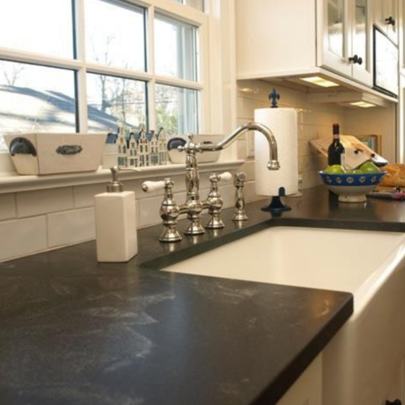 Comparing Marble and Granite Countertops