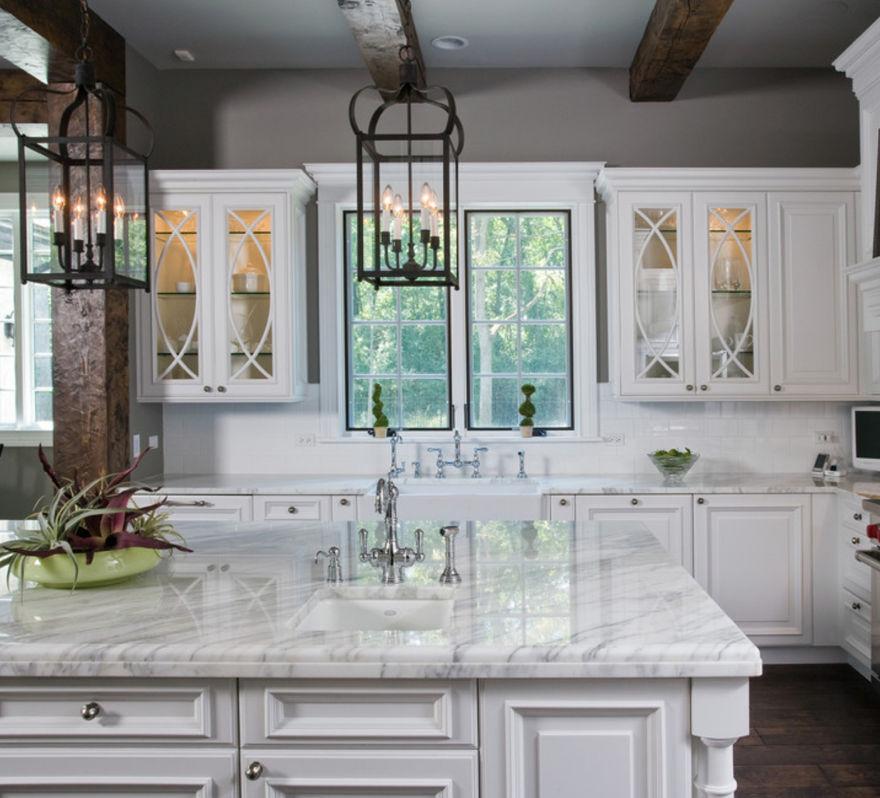 marble countertop kitchen photo