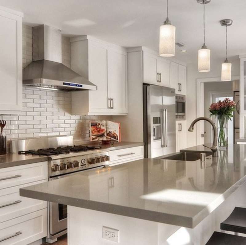 gorgeous quartz kitchen countertop