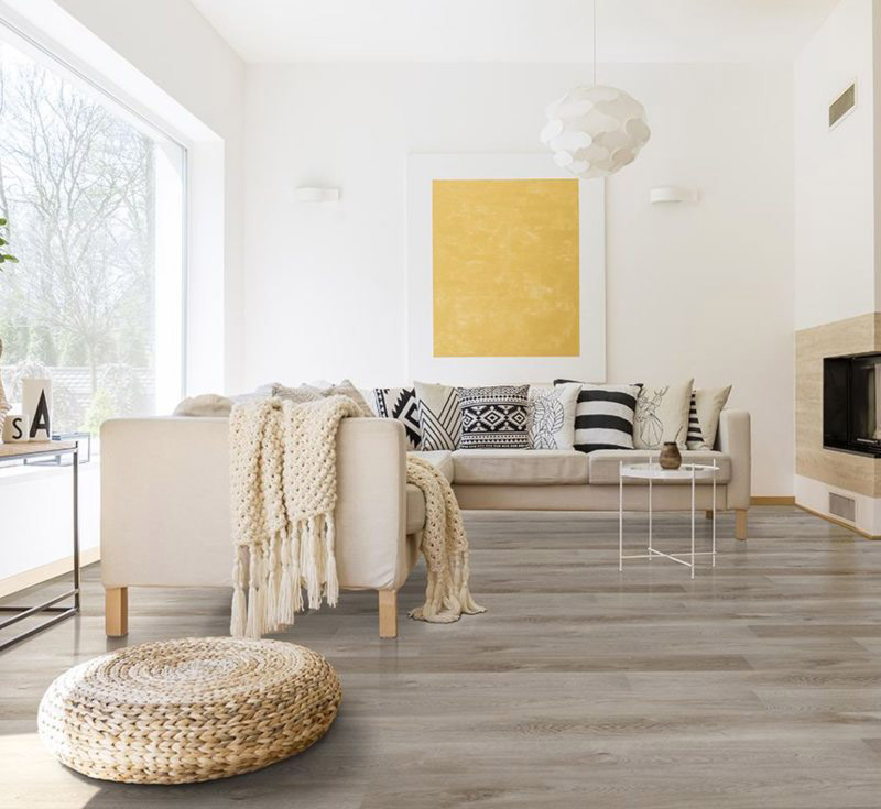 light and fresh living room with vinyl flooring