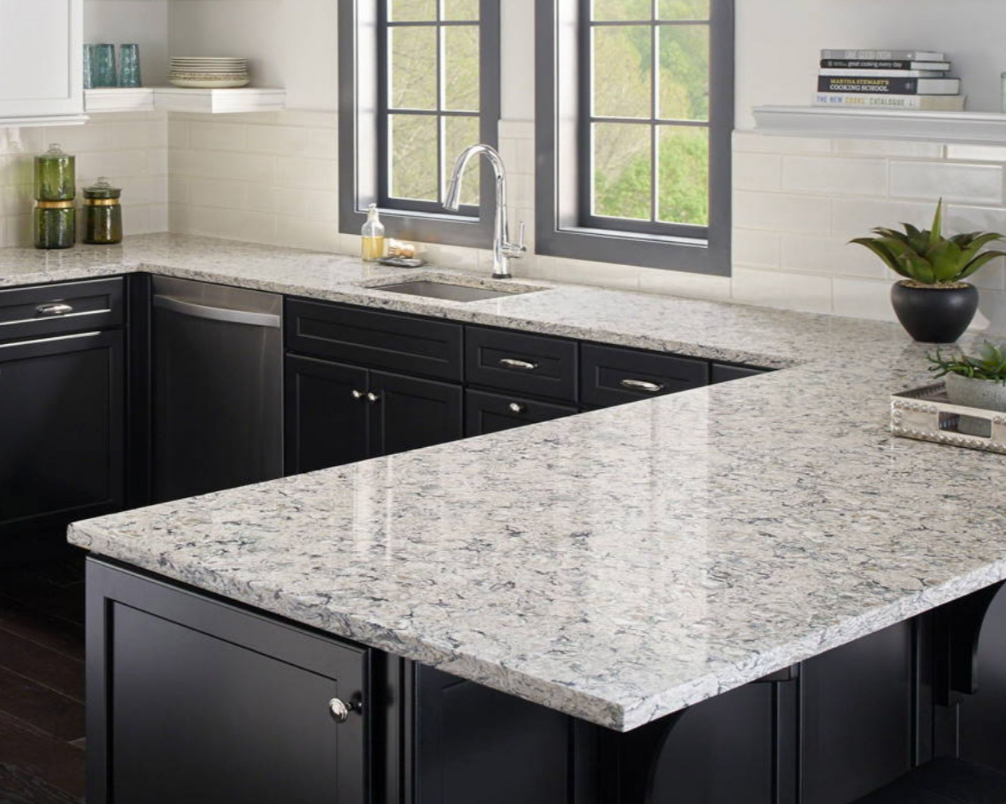 gorgous quartz kithen countertop