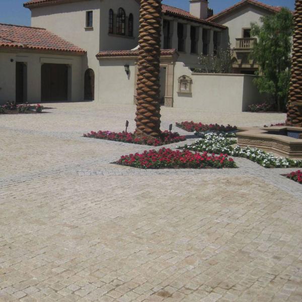 Landscape Rocks To Elevate Your Outdoor Design