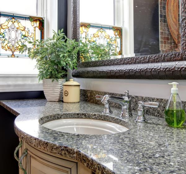 quartz bathroom vanity that looks like granite