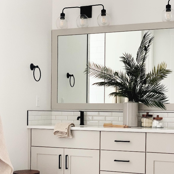 Hospitality design tips: hotel bathroom vanities and more!