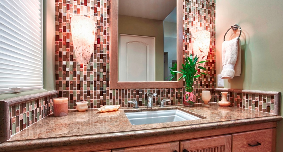 Mosaic Trends - Blending Glass and Stone