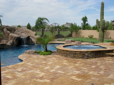 Spring Trends in Landscaping with Natural Sto