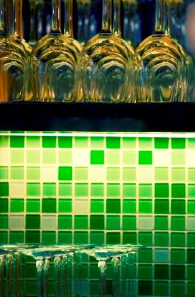 Translucent Beauty – The Art Of Glass Mosaics