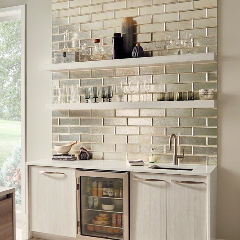 silver-glisten-glass-mosaic-wall