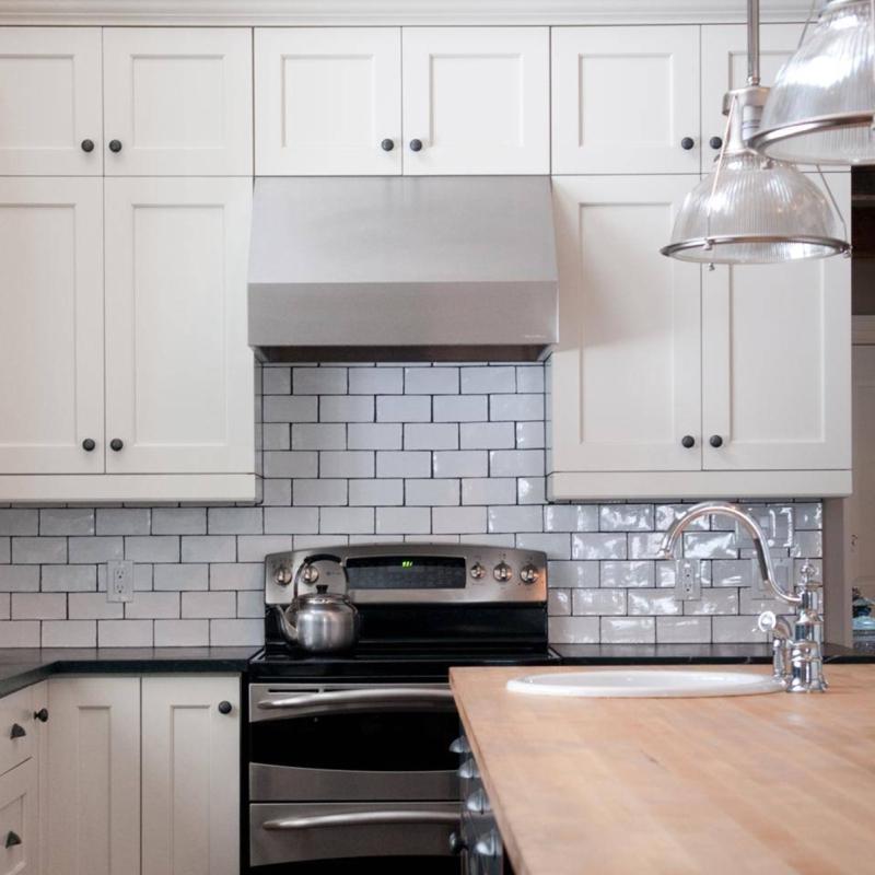 Kitchen Backsplash Tile Types: 7 Inspired Designs In Classic Black And White Porcelain Tile
