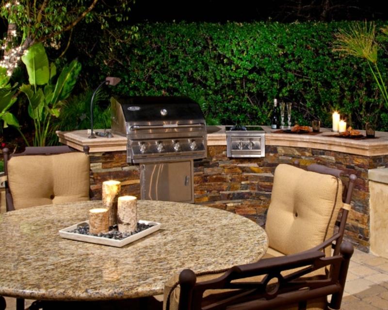 outdoor-kitchen-granite
