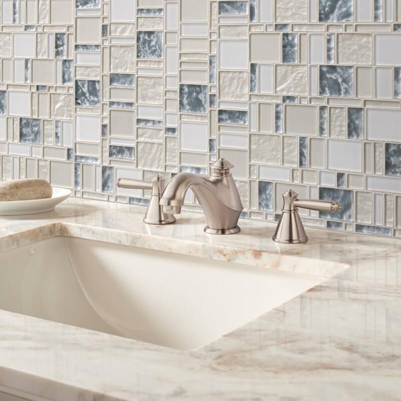 Chantilly-stax-glass-wall