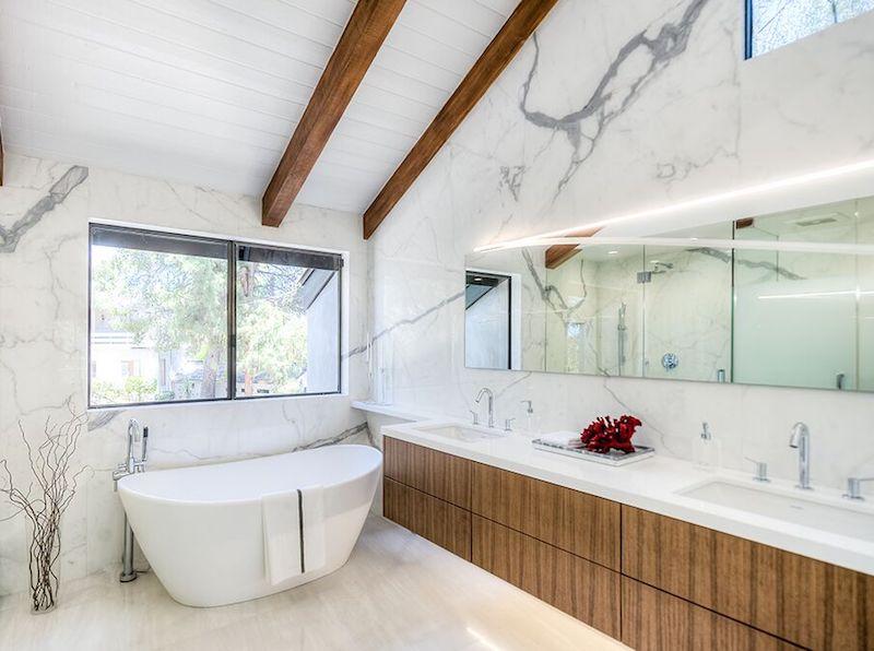 Statuario Altissimo Polished Bathroom