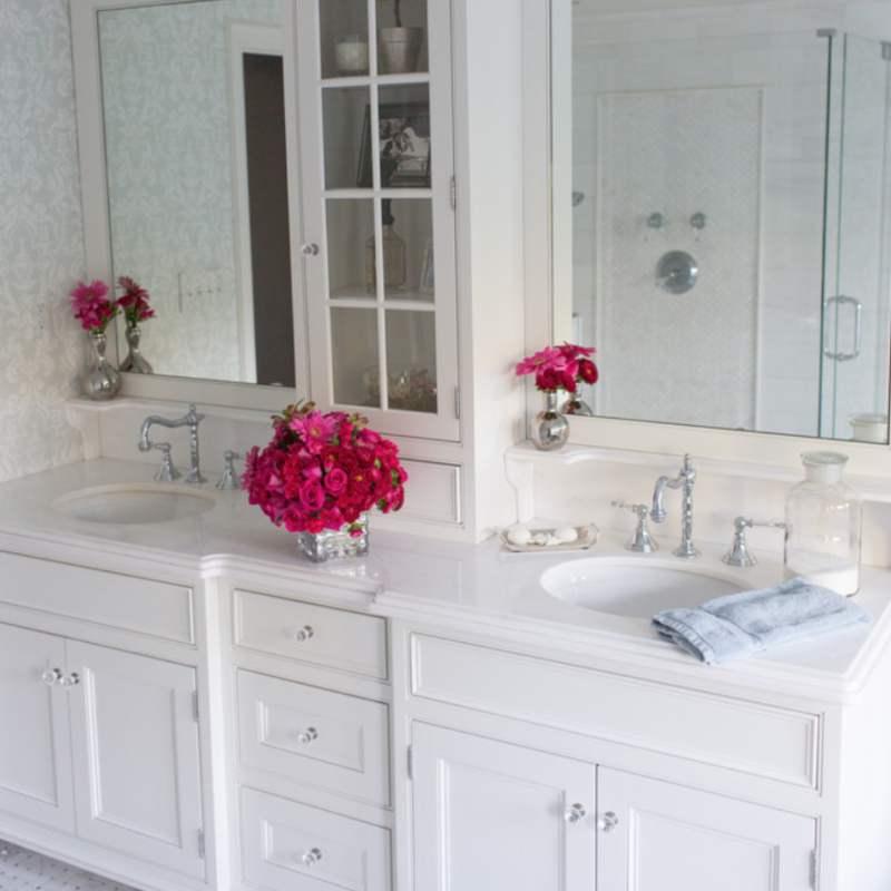 bianco-dolomite-bathroom