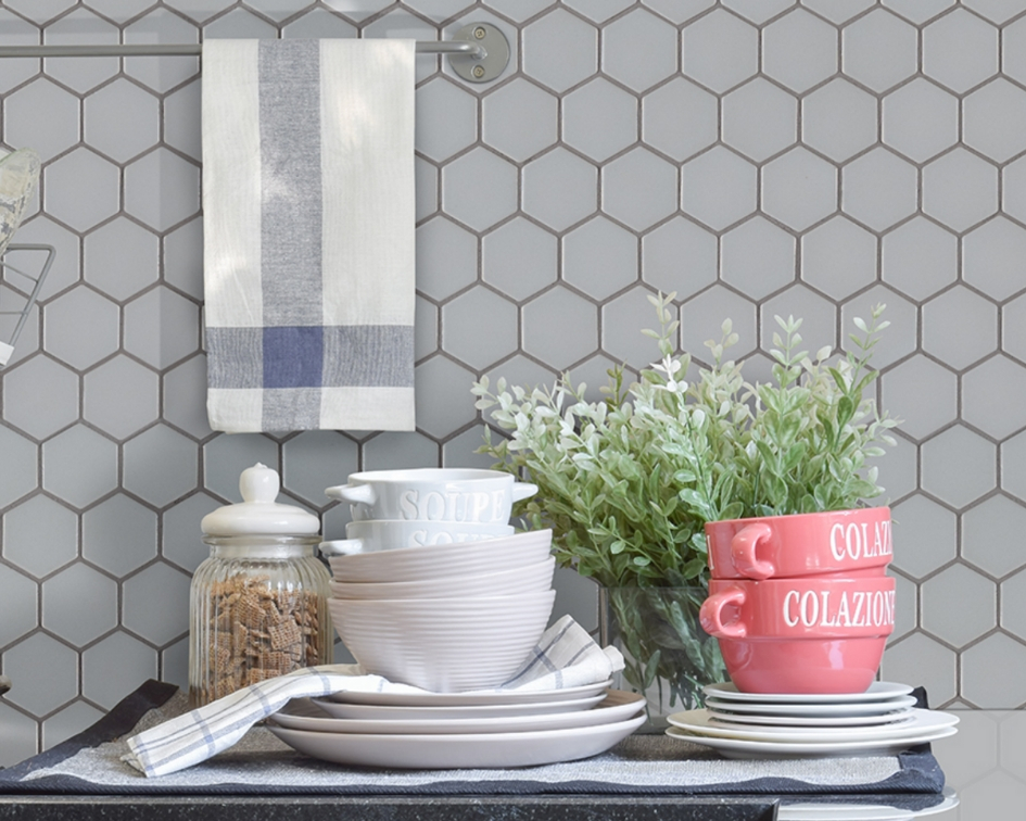 featured-image-how-to-clean-stubborn-grime-from-your-kitchen-backsplash-msi
