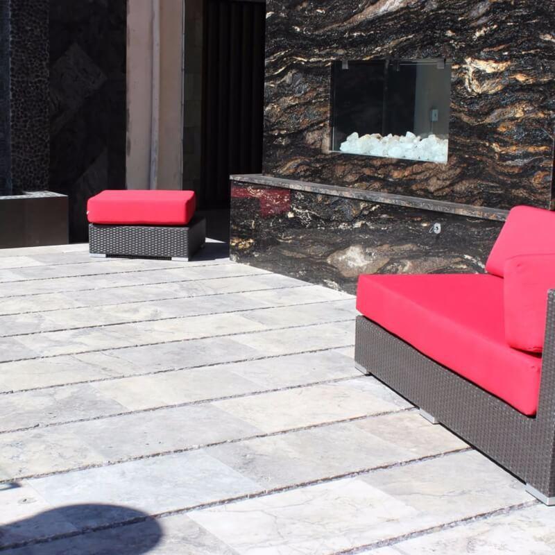 silver-travertine-outdoor-tile