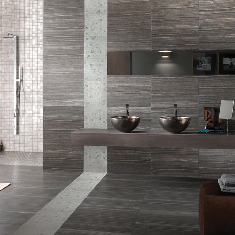 Gorgeous gray porcelain tiled bathroom