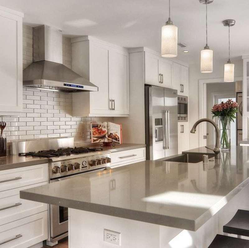 gorgeous quartz kitchen countertop