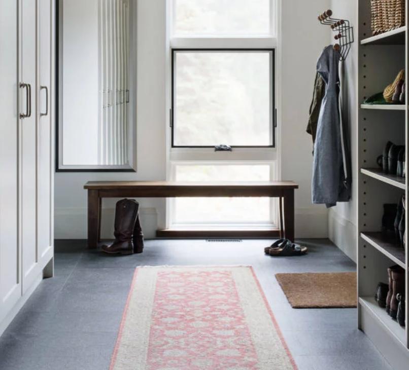 flamed+granite+flooring+in+the+foyer