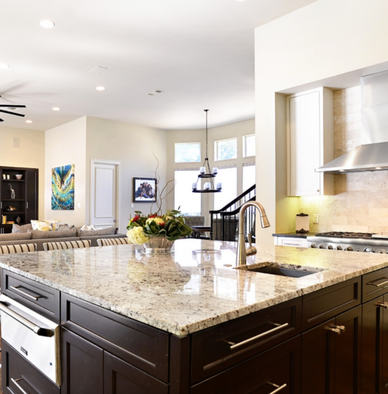 extra+wide+kitchen+island+with+granite+countertop