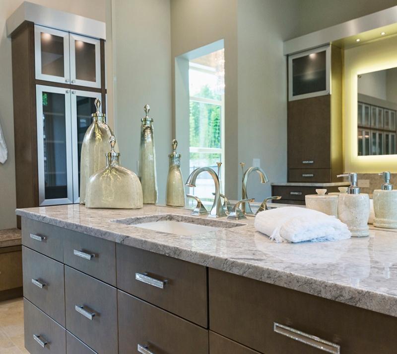 granite+countertop+natural+clean+bathroom
