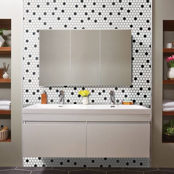 retro bathroom backsplash design