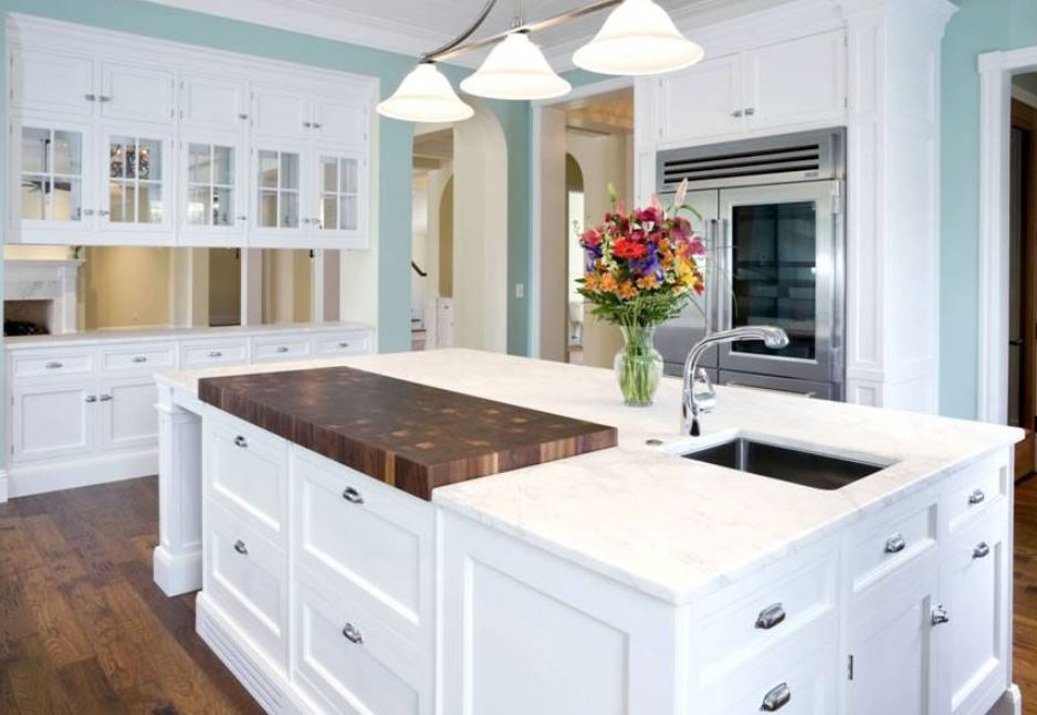 marble countertop island in kitchen