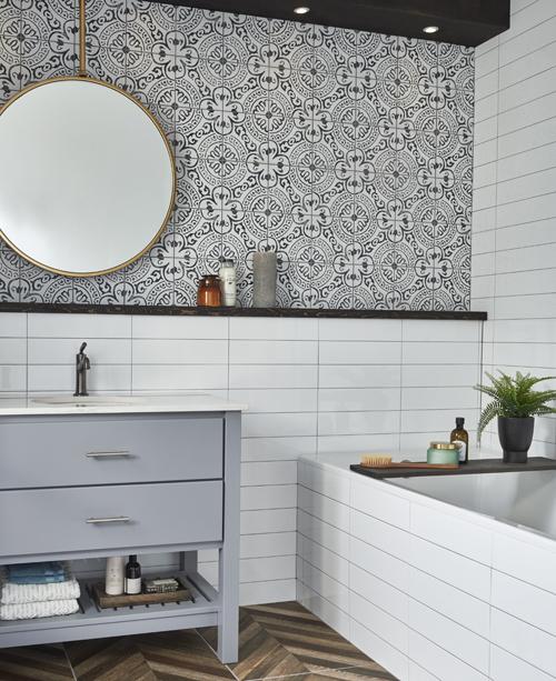 black and white floral pattern bathroom tile
