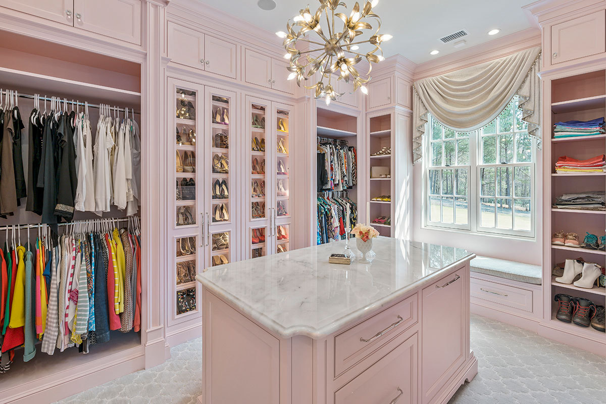 white marble luxury countertop in walk in close