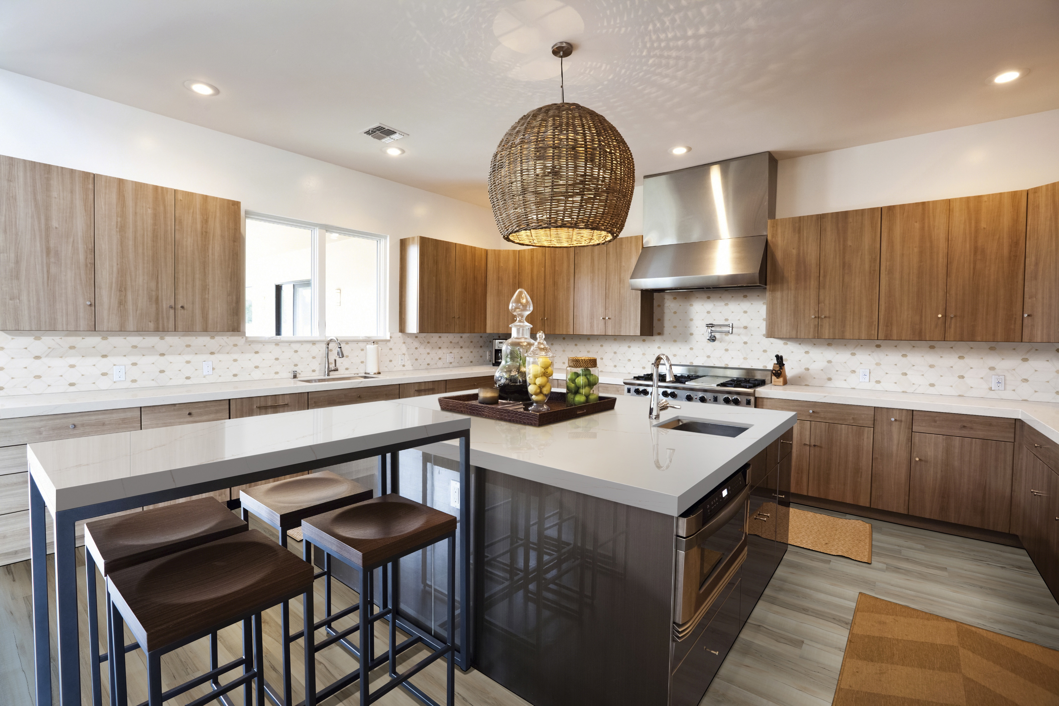 calacatta orno neutral kitchen with quartz