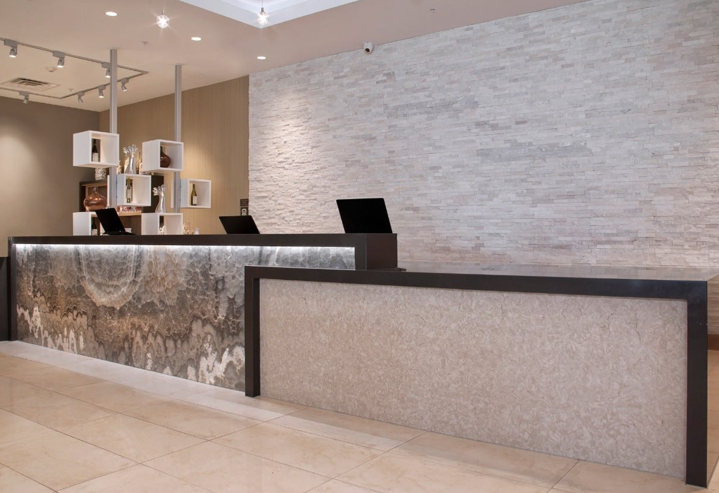 how to choose hotel flooring for lobby areas