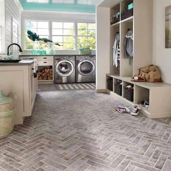 porcelain tile mudroom laundry room