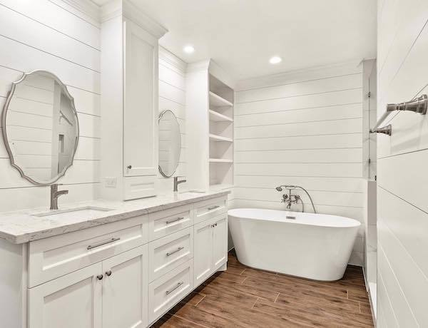 natural tint wood look vinyl plank in bathroom