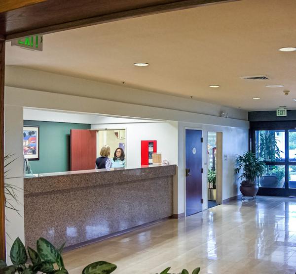 houzz-amerello-granite-reception-counter-in-hotel