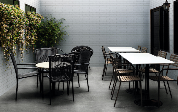 msi-brick-look-porcelain-tile-outdoor-patio-commercial-wall