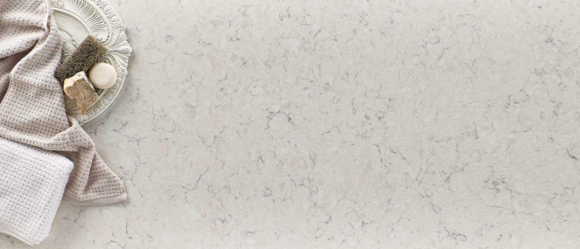 Carrara Mist Quartz Vignette