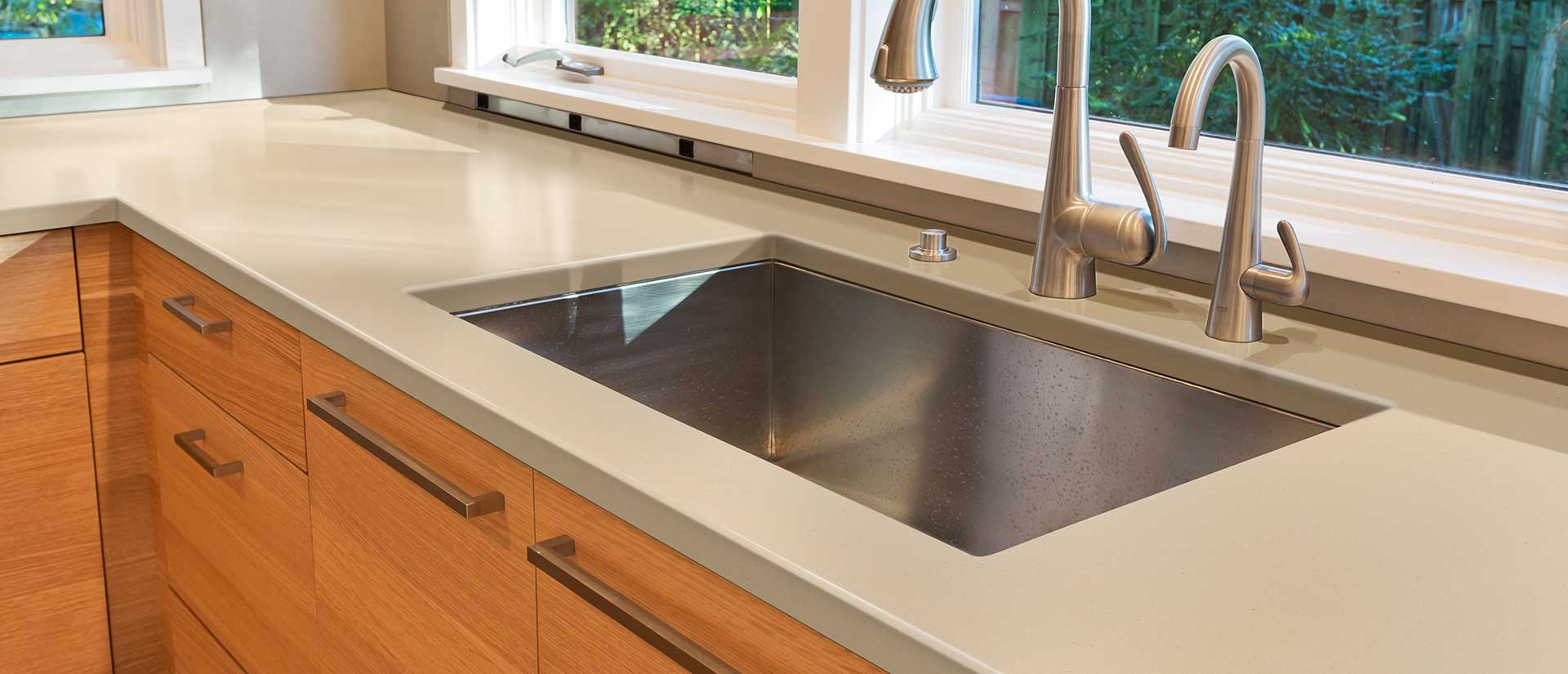 Ivory Cream Quartz Countertops