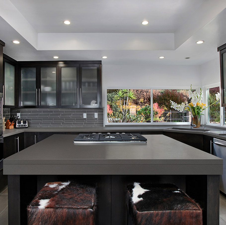 Manhattan Gray Dark Dreamy Quartz Countertops