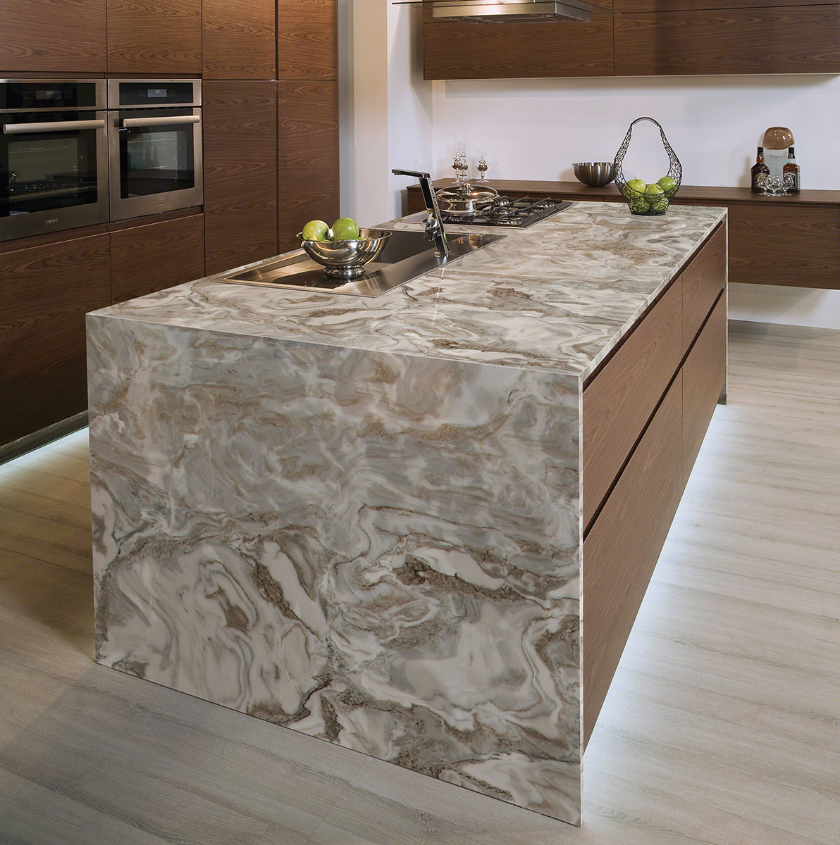 Avalanche White Marble Countertops Marble Slabs Msi Marble