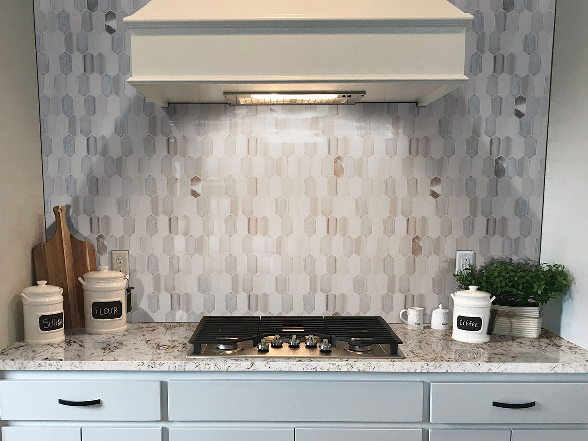Harlow Picket Backsplash Tile